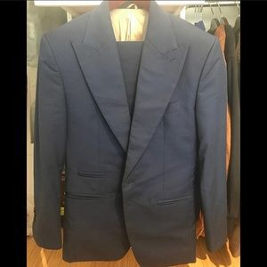 Other - Designer PEAK LAPEL Navy Blue Suit (36S)